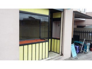 Arriendo lindo local 30m2 con baño Centro norte Quito